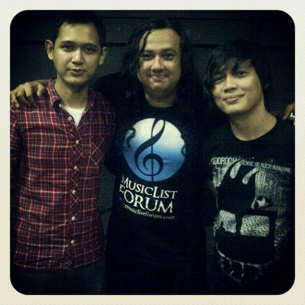 @MusicListForum with @OfficialBondan & @taraztaboo at @PlanetroxID #Planetrox http://t.co/K3AR37xsv5
