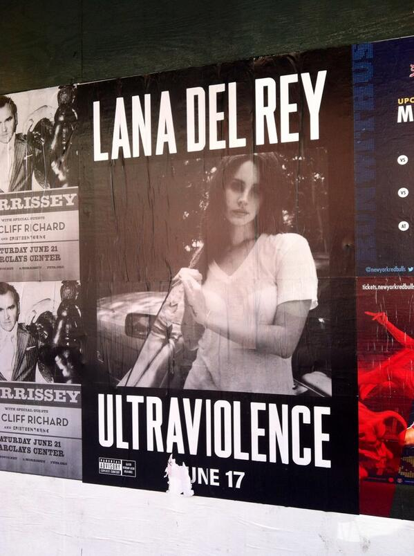 YAS @LanaDelRey get that promo in the East Village! #ULTRAVIOLENCE http://t.co/NPNcDTbs9o