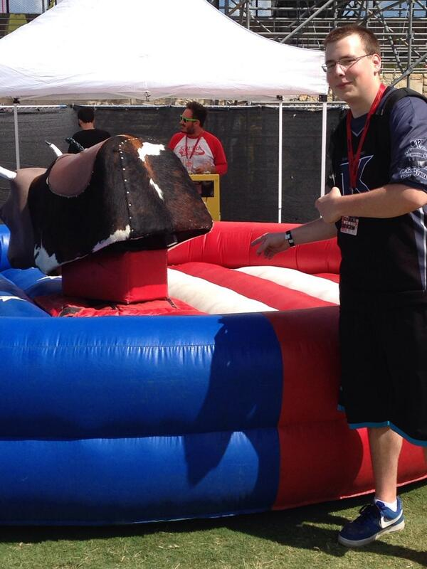 5,000 RTs and @Sharp_tK will ride this bull!! http://t.co/RyluUhTdlA