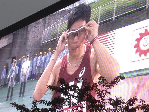 1914年創部100年を越える歴史と伝統を誇る早稲田大競走部初の日本陸上競技選手権大会でのサングラス着用です! 男子100m決勝、九鬼巧選手、ありがとう! http://t.co/UaE5sgbz0y