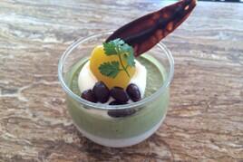 GINZA MARQUISE(ギンザ マルキーズ)  The vert (テ・ヴェール) 抹茶のムースと黒糖のムースを合わせました