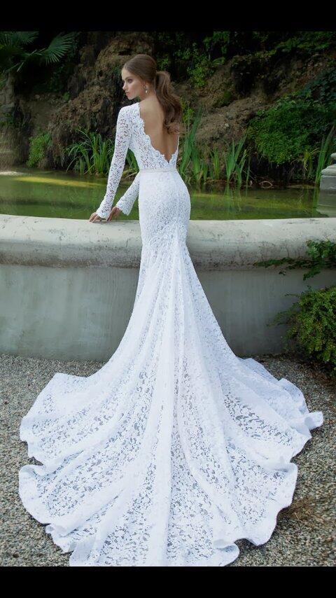 """vestidos de novia on twitter: """"ceñido y pegado al cuerpo , espalda"""