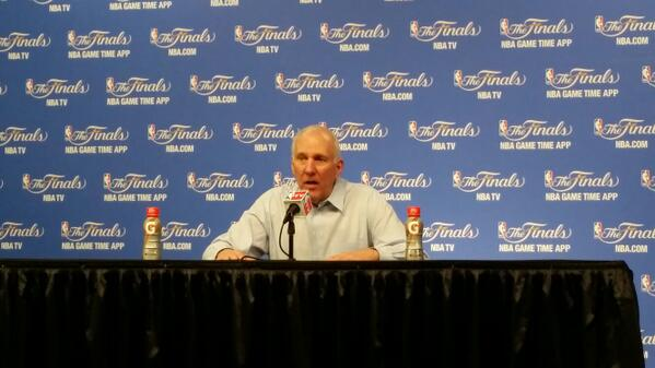 """""""He's a pretty good player. You can try to double him, I'm pretty sure he'll find the open man."""" - Pop on LeBron http://t.co/6uWHCyKGob"""