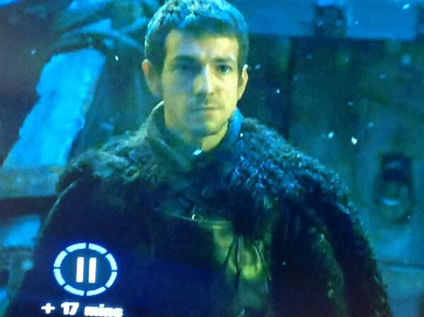 WTF if England aren't busy enough Leighton Baines pops up on Game of Thrones tonight @Everton @bluekippercom http://t.co/P0ySlBSvvq