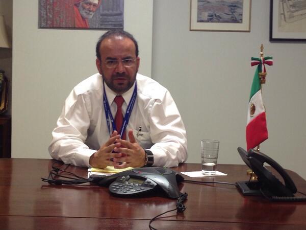 #Envivo: El Secretario @navarreteprida en entrevista con @ClaudiaOvalleMM de @mileniotv sobre la #CIT2014 http://t.co/eQHaoJnB2T