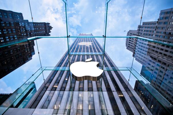 Apple is emerging again as the most innovative platform company on the planet.  http://t.co/vb0eUfnBLn @stoweboyd http://t.co/0YHqo08hOa