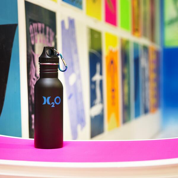 Solving the global water crisis starts with you – drinking from a reusable water bottle is an easy step to save. http://t.co/bCMRx6eea9