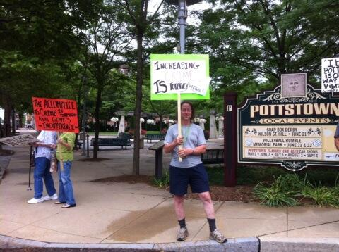 The protest against crime outside Pottstown Borough Hall is small so far. http://t.co/MLo6QcZSrW