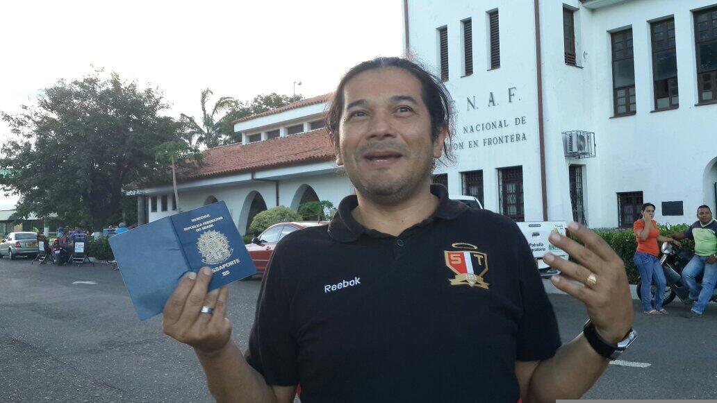 NicolasMaduro No me dejaste entrar a Venezuela, sólo muestra al