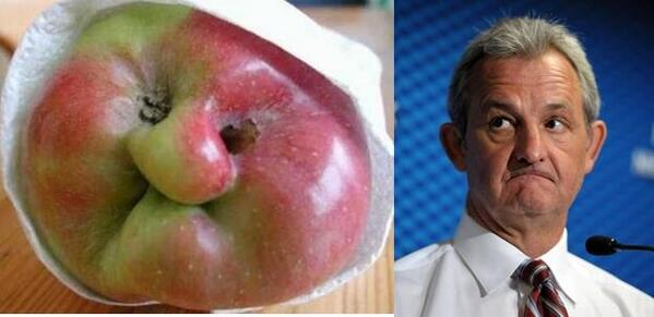 """Strong work """"@katiekelley1991: Here's an apple that looks like Darryl Sutter. You're welcome. http://t.co/OoITwnuOCu"""""""
