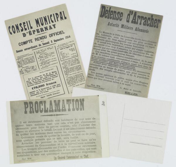 Reproductions d'affiches placardées dans les villes entre 1914 et 1917 #ww1archives http://t.co/yUhkIJih6V http://t.co/lAZHLLftqH