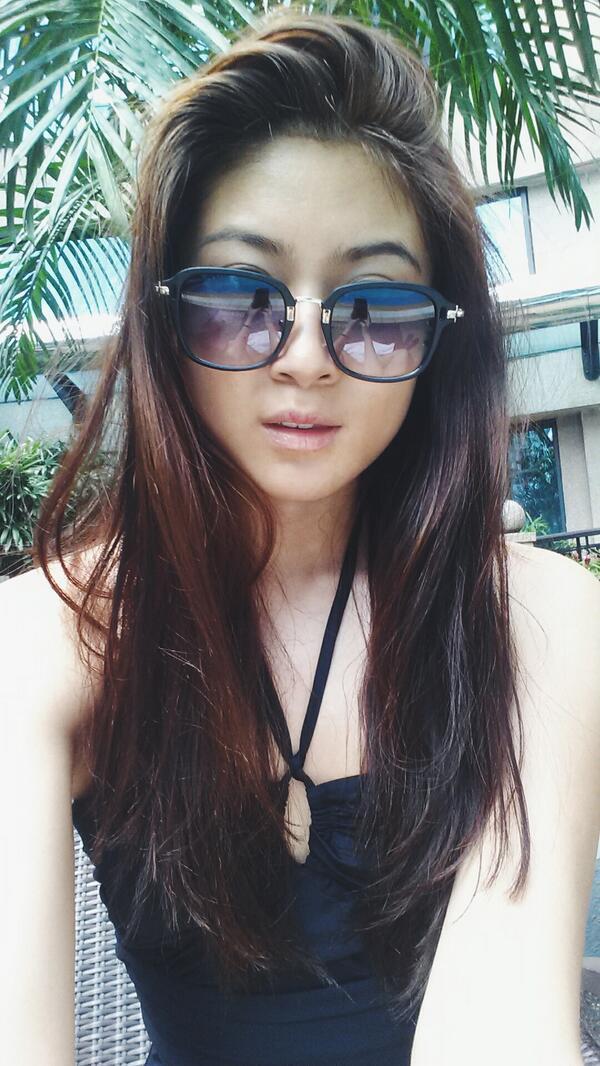Nudes Elizabeth Tan 23 Photo Tits, Snapchat-2081