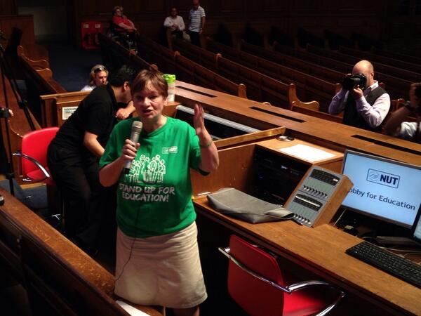 @NUTonline GS Christine Blower calls on members to support @LambethStrike   at #lobby4edu http://t.co/mDo4N9TwMs