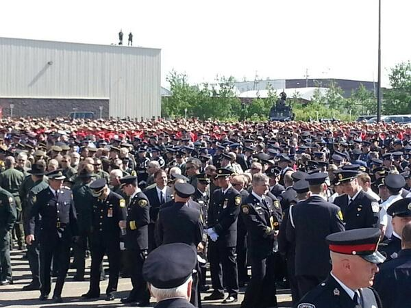 #FFD final preparations before parade begins. #Moncton @rcmpnb http://t.co/D404EmszBM