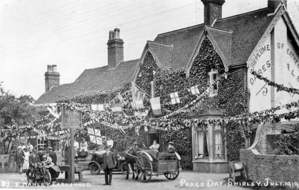 The Plume of Feathers decorated for Shirley's Peace Day procession in July 1919 #ww1archives http://t.co/ZyZHZUqpLs