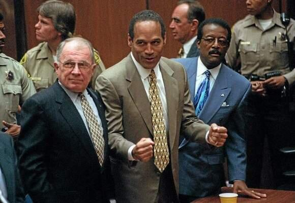 White Ford Bronco RT @DailyBreezeNews What do you remember about the OJ Simpson saga? #OJ20yrs http://t.co/wyrjwSXoK5 http://t.co/wBuJFvdfCH