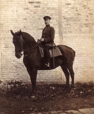 Millions of horses died during #WW1. View photos of these brave animals here: http://t.co/9wa577kKyi✓ #WW1archives http://t.co/zhjXroE7Kv