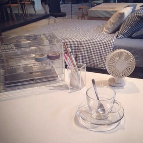 Muji Usa On Twitter Summer With Usb Desk Fan Compact And Low Noise Although The Is Ful Http T Co Oa6r7ybmwa Zsc1h1pjwl