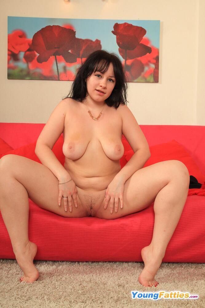 Beautiful chubby girl pussy-1572