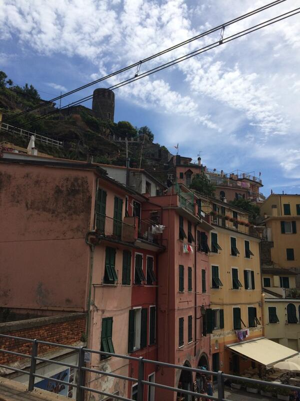 Just hanging out in Italy... Ya know. #lovetraveling #ilivefortravel #cinqueterre http://t.co/cBDsp4FF63