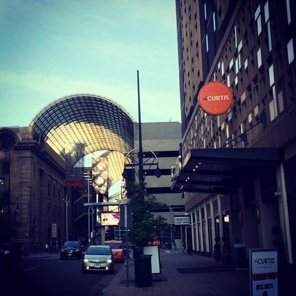 It's a gorgeous morning on downtown Denver! #next14 http://t.co/KjIGBt039R http://t.co/UWXcGLHIMm