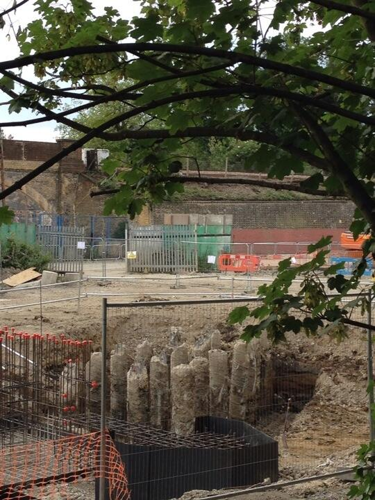 #catford archaeology, continued... http://t.co/pj20hSTjZ7