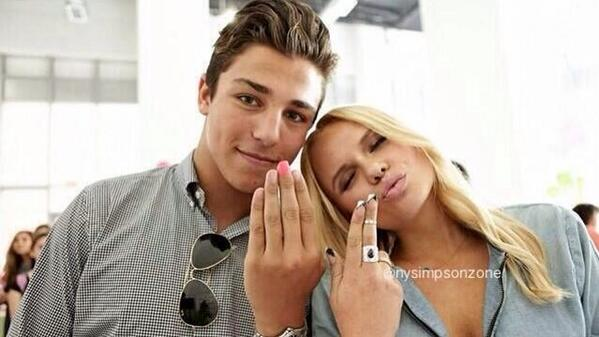 Singer Alli Simpson is dating Conrad Sewell
