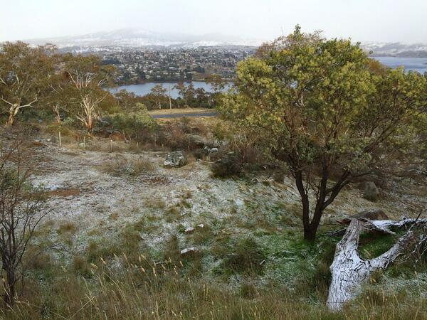 A little snow on the ground in Jindabyne today #blizzard #notquite @abcnewsCanberra http://t.co/JvZH1OAXBc