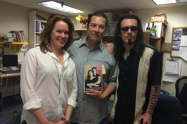 Ruelaswritings On Twitter About To Interview Damien Echols And Lorri Davis Changinghands Yoursforeternity Wm3 Http T Co Xkr6donreb