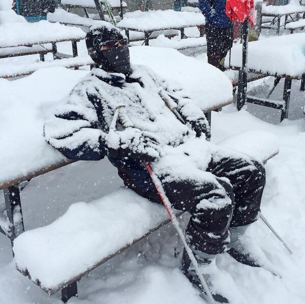 "Perth man Michael Trinh assures me he's ""just chilling"" #Thredbo #blizzard http://t.co/F110Dp8R3I"