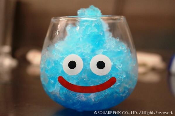 「スマイルスライム ゆらゆらグラス」に夏にぴったり♪かき氷をいれてみました!ゆらゆらグラスのご予約はこちら→store.jp.square-enix.com/detail/MW60297 pic.twitter.com/3gG9Sw0UvJ