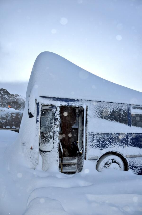 Over 1 metre of new snow. Buses may run late:) #perisher #blizzard http://t.co/hc87mEQlVx
