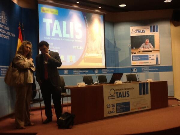 Todo a punto para la inauguración del congreso #TALIS http://t.co/opGfQXMYOC