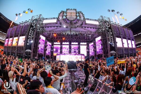 Ultra Music Festival Korea 2014 | Lineup | Tickets | Prices | Live Stream | Video | Rumors | Mobile App | Seoul Hotels