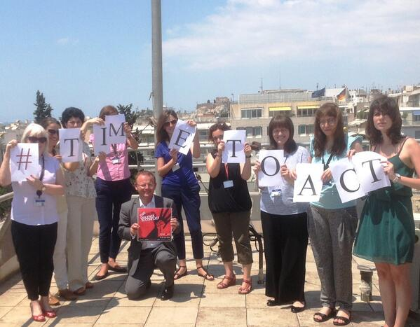 .@HMA_JKittmer and British Embassy staff in #Athens support #timetoact to @end_svc http://t.co/CwKqePRdTW