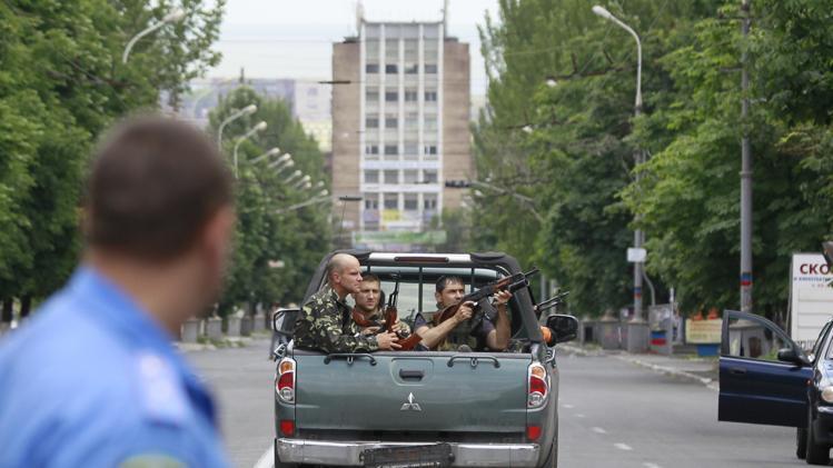 """МВД призвало фиксировать на видео лица террористов: """"Каждый будет наказан"""" - Цензор.НЕТ 8781"""