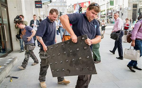 """""""@Ian_Fraser: The power of twitter. #Tesco removes anti homeless spikes, following protests http://t.co/qA82zt7Xjf http://t.co/RtDHTfymjm"""""""