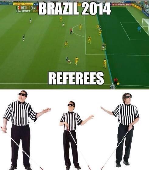Tal vez el árbitro Humberto Clavijo es... Ya son dos goles ROBADOS A MÉXICO...! http://t.co/3D1ELBYG18