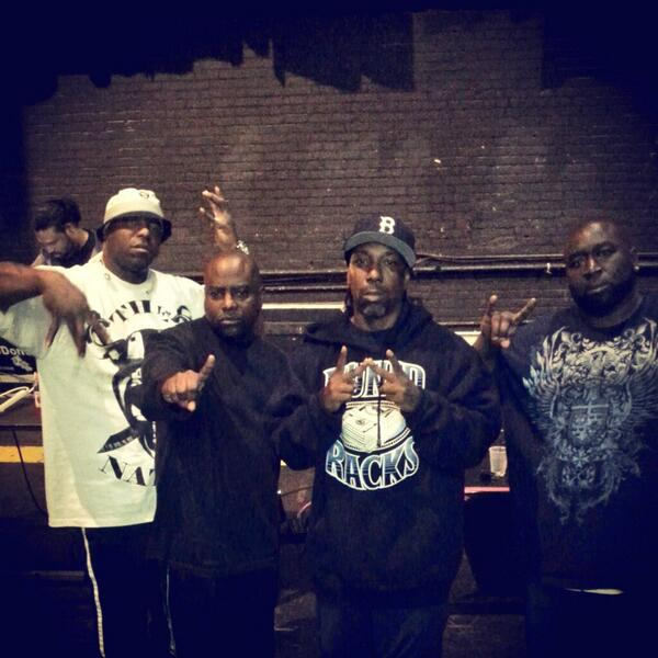 Geah original rap niaz @TheRealSpice1 @OGBIGHUTCH @big mike geto boys geah http://t.co/kHGpWGd0rJ