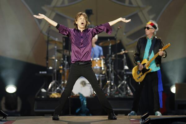 Stones News, Links, Témoinages - Page 41 BqESjIeCAAA2R9S