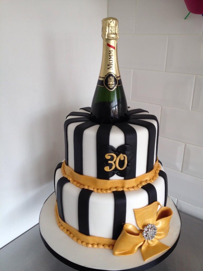 Francesca Ferguson On Twitter Quot Cake Mummchampagne Black