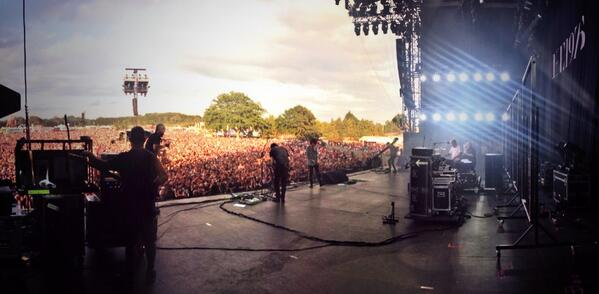 The @the1975 killing it at the Isle of Wight festival !!!