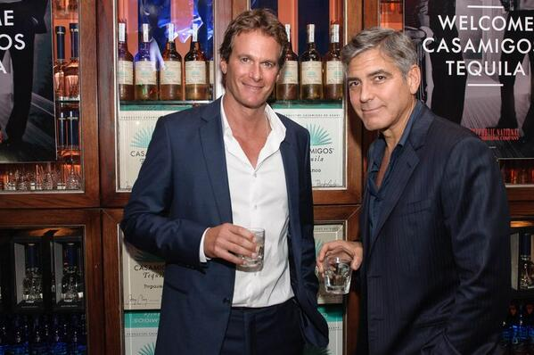 George Clooney and Rande Gerber's Casamigos tequila GENERAL THREAD - Page 8 BqHdzb1CIAAS6Ml