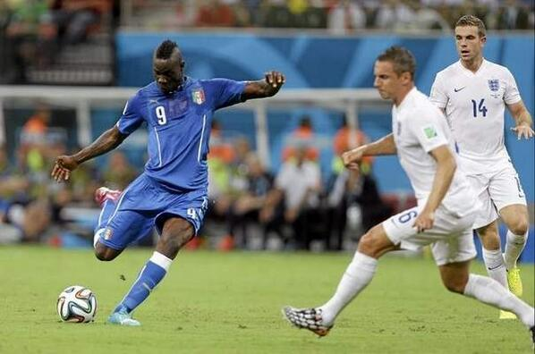 Mario Balotelli goal gives Italy 2-1 win over England in #WorldCup http://t.co/fd0K5Fzmxh #EnglandvsItaly http://t.co/uUzVTgZGuA