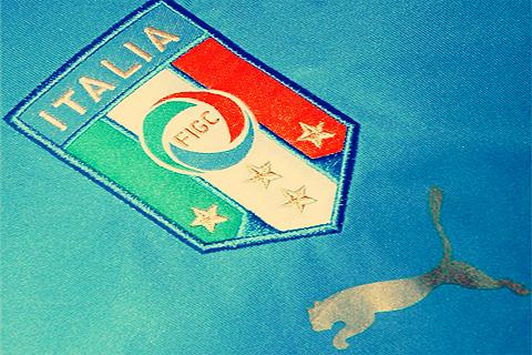ايطاليا تفوز انجلترا المجموعة بكأس العالم بوابة 2013 BqIbWqwCYAECYVp.png