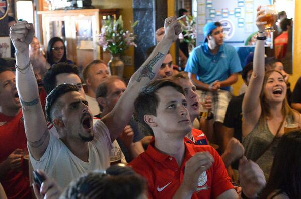 Photos: #WorldCup Soccer Fans Gather at The Cat and the Fiddle Pub on Sunset http://t.co/77eW8rXlxK http://t.co/IQb9Dj4nTA