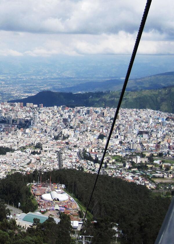 Riding the Quito TelefériQo up Pichincha Volcano (Video) http://t.co/hu9cTDOxqB #ecuadortravel @QuitoTurismo http://t.co/ARyCr3sXXZ