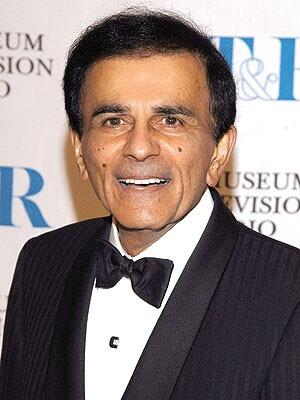 Casey Kasem didn't deserve the public indignity by his family in his final days. He left us on Sunday: AT40 day http://t.co/LYNMkq3YY3