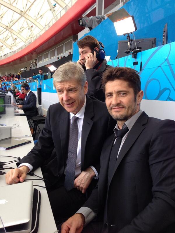 Arsene Wenger and France legend Bixente Lizarazu in place for French TV commentary #FRA #HON RT @BixeLizarazu http://t.co/6xMbpKBVO0
