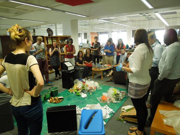 #BusinessGreenWeek takes over @ububristol's Monday morning team-brief for a @biggreenweek #recycleweek waste audit! http://t.co/arSo0jPHUE